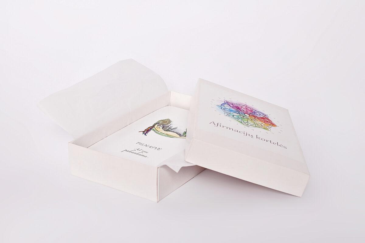 """""""Laimės ritualai"""" - dovanų rinkinys su afirmacijų kortelėmis ir dėkingumo dienoraščiu"""